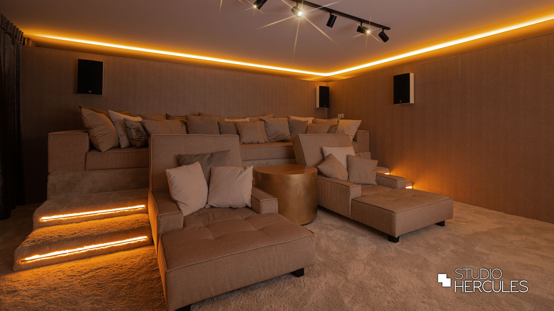 Beige home cinema Amsterdam